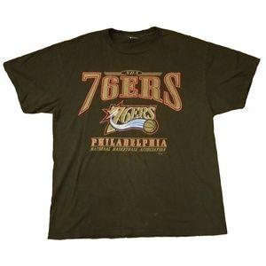 VINTAGE 90s 76ers Shirt